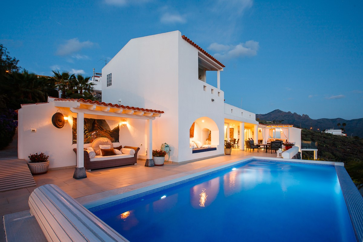 Just Holiday Villas 4 U Tenerife Luxury Villas